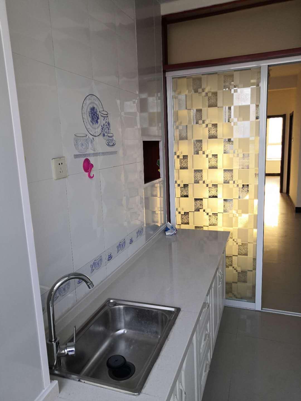 南环电梯房2室2厅出租